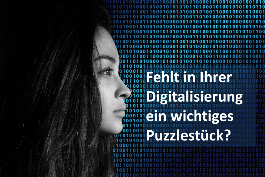 Frau die mit ihren Daten ein wichtiger Faktor der Digitalisierung von Unternehmen darstellt