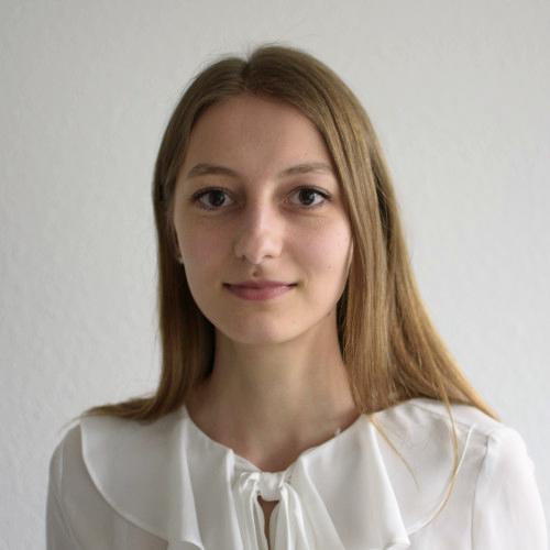 Lara Hutmacher